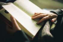 Գիրք կարդալու 8 պատճառ, որոնք հիմնավորված են գիտականորեն
