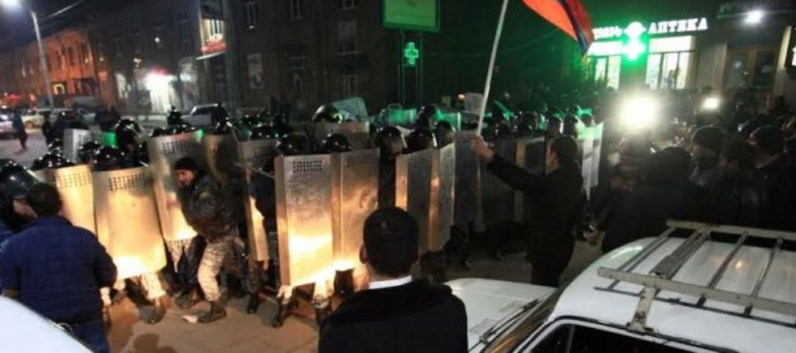 Ընտանիքի սպանությունից հետո Հայաստանում ցույցեր են սկսվել