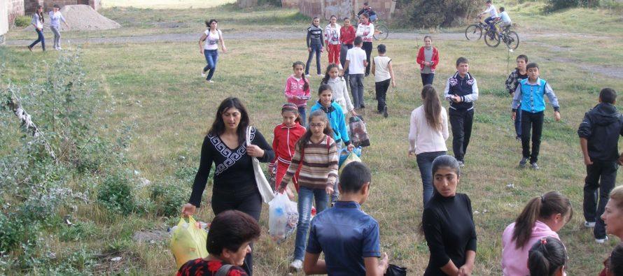 Հայաստանում գյուղերը մնացել են առանց տղամարդկանց, որոնք որպես  միգրանտ բանվորներ հեռանում են աշխատանք գտնելու համար