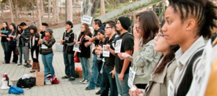 UCSD-ի խմբերը հարգանքի տուրք են մատուցում Հայոց Ցեղասպանությանը
