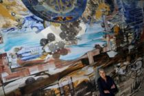 Չիկագոյի նկարիչը Հայոց Ցեղասպանությունը նշում է Գերնիկայի չափի աշխատանքով