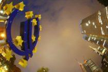 Երեք ամսվա ընթացքում եվրոն կարող է հավասարվել դոլարին, ասում են վերլուծաբանները