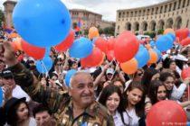 Հայաստանի հեղափոխական ռեֆորմիստների կառավարությունը կանգնած է ճգնաժամի առջև