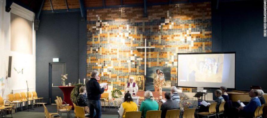 Հոլանդական եկեղեցին 1400 ժամ անընդմեջ աշխատում է հայ ընտանիքի արտաքսումը կանխելու համար