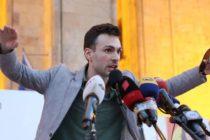 Տնտեսագետի երկակի կյանքը Վրաստանի փողոցային ցույցերի առաջին գծում